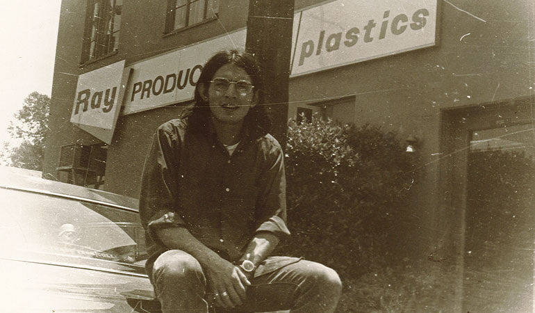 Hector Noriega 1968 - outside Ray Products